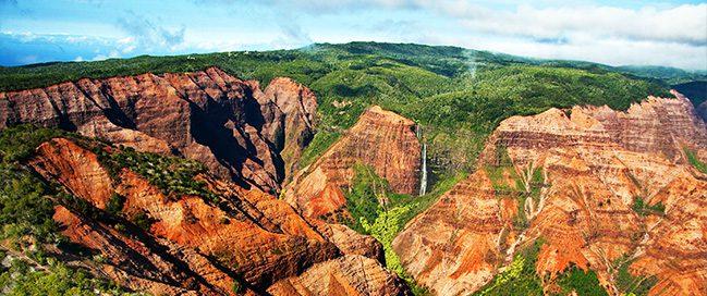 Hawaii - Visit the wonderful Waimea Canyon