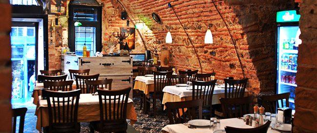 Best Trabzon food in Tarihi Kalkanoğlu Pilavcısı Restaurant