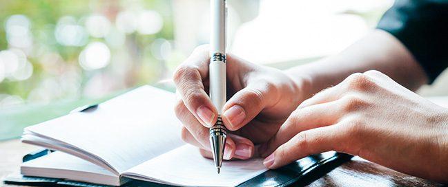 1- اكتب قائمة