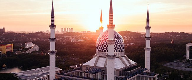 The best mosques in the world - Blue Mosque in Malaysia