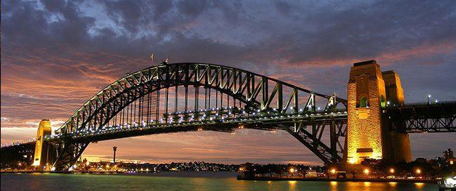 Top places to visit in Sydney - Sydney Harbor Bridge