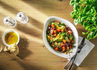 اكلات بحرينية: رحلة لتذوق أشهى الأطباق البحرينية