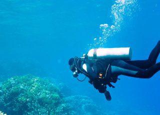 الغوص: اكتشف العالم المائي بألوانه الساحرة ومعالمه المذهلة