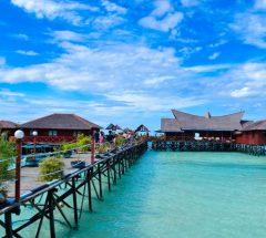 Discover Derawan Island of East Kalimantan