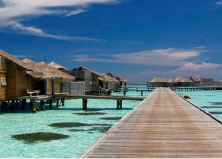Floating Hotels: Different Holiday with a new Adventure Experience