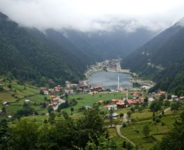 Amazing day trip to Trabzon Uzungol Lake in Turkey