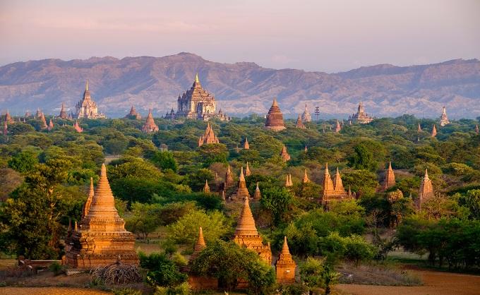 جولة مذهلة إلى ميانمار الذهبية