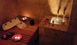 حمام مغربي كلاسيكي للرجال
