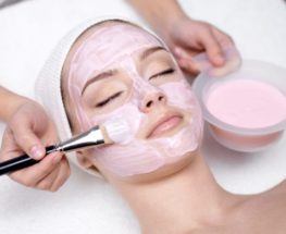 Amazing facial treatment to look younger