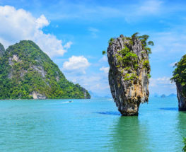 Enjoy a unique tour in Phuket & Bangkok for 10 days