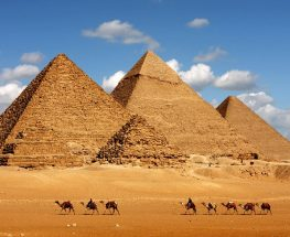 Tour to pyramids from Hurghada by plane