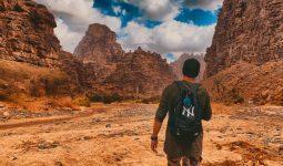 Multi-adventure trip to Neom's beaches and Al-Disah valleys