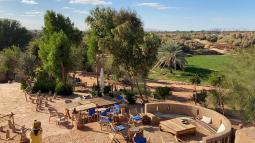 عيش تجربة لا تُنسى في جمال الصحراء بواحة الداخلة