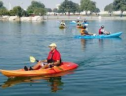 Go kayaking in the waters of Aspire Lake