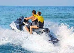Jet skii in the waters of Qatar