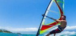 دروس ركوب الأمواج وتأجير معدات