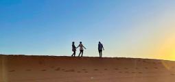 رحلة إلى الرمال الحمراء بالرياض